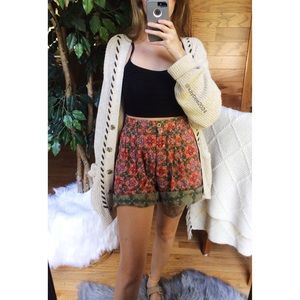 🌿 Vintage 70's Retro Floral High Waisted Shorts